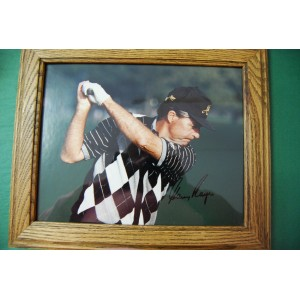 AUTOGRAPHED GARY PLAYER PHOTO